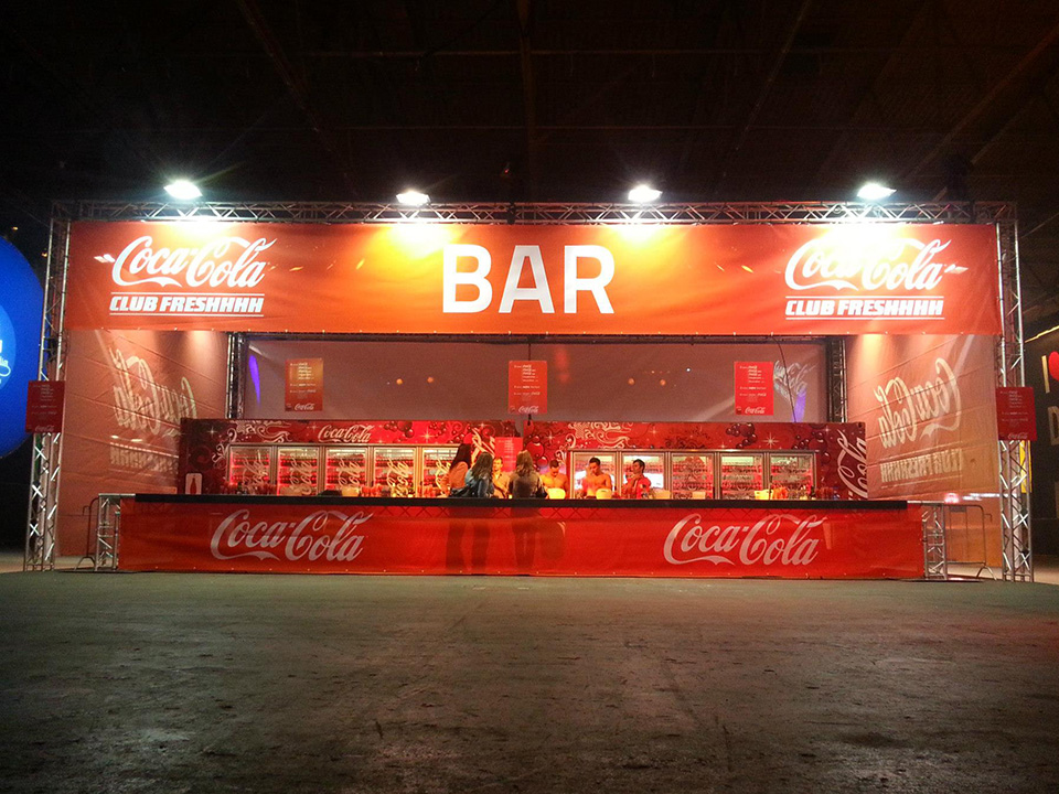 backdrop cola